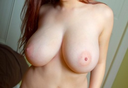 jeans-tits-pokazuha-fat-redhead-big-tits-tessa-natural-solo-tattoo11052
